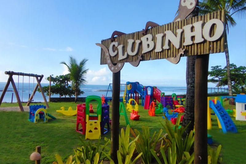 Clubinho com prayground e muita diversão para crianças desfrutarem
