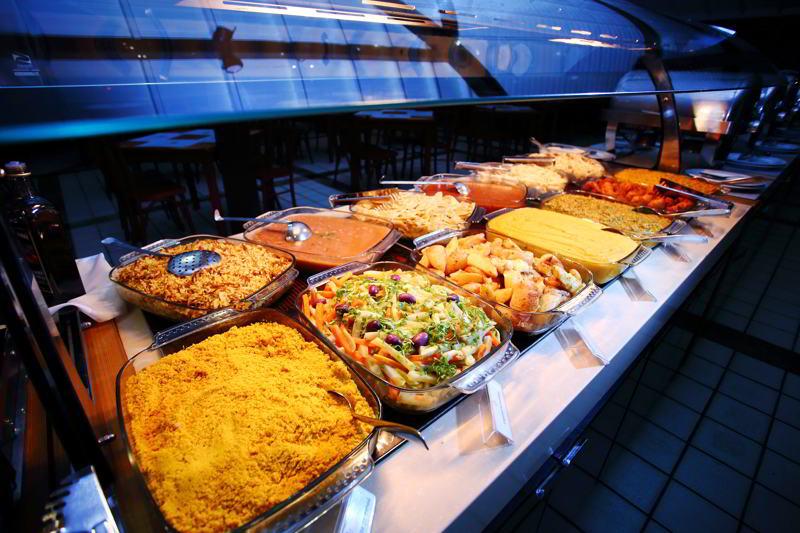 buffet-alimentos-servidos