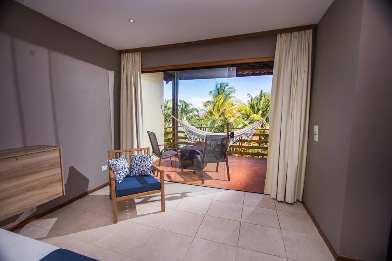 decoracao-varanda-frente-coqueirais