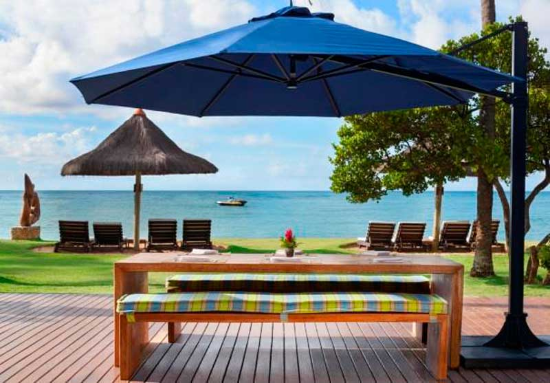 Gazebo frente praia com deck