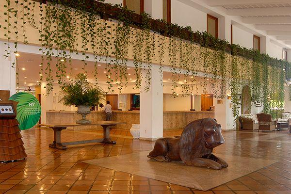 lobby-leao-entrada