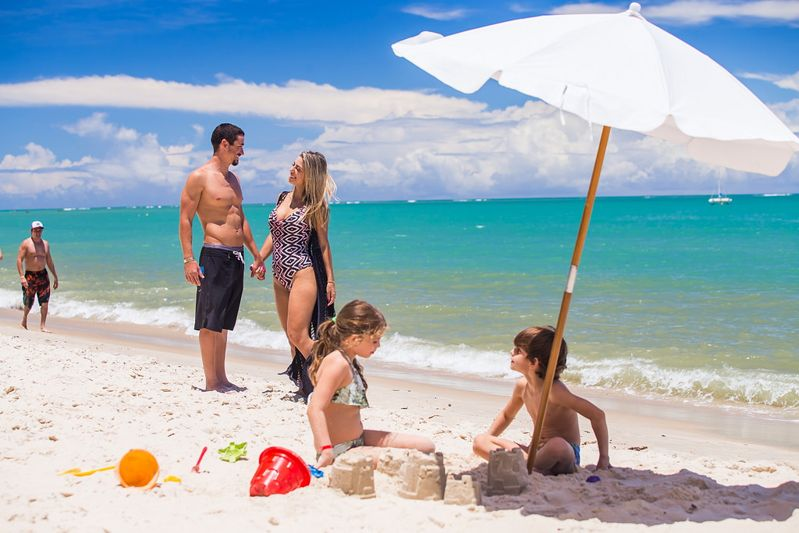 Mar calmo ideal para família com crianças