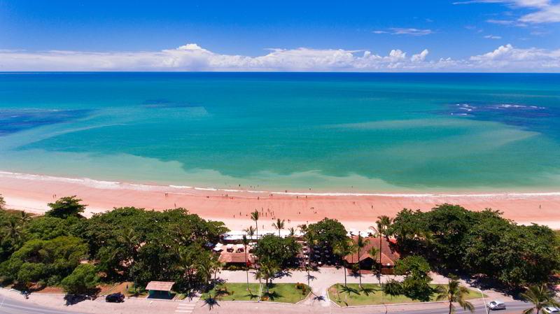 Porto Seguro é privilegiado com uma praia de mar calmo ideal para banhos