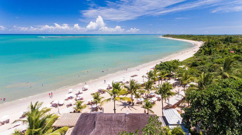 Vista aérea lateral praia