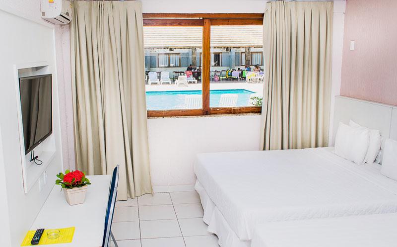 Lateral do apartamento Standard com vista para piscina