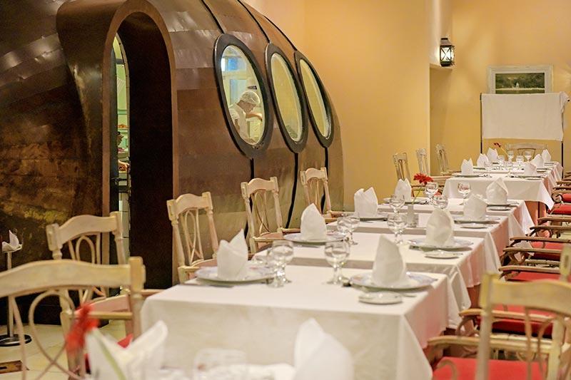 Restaurante temático Marés Nostrum